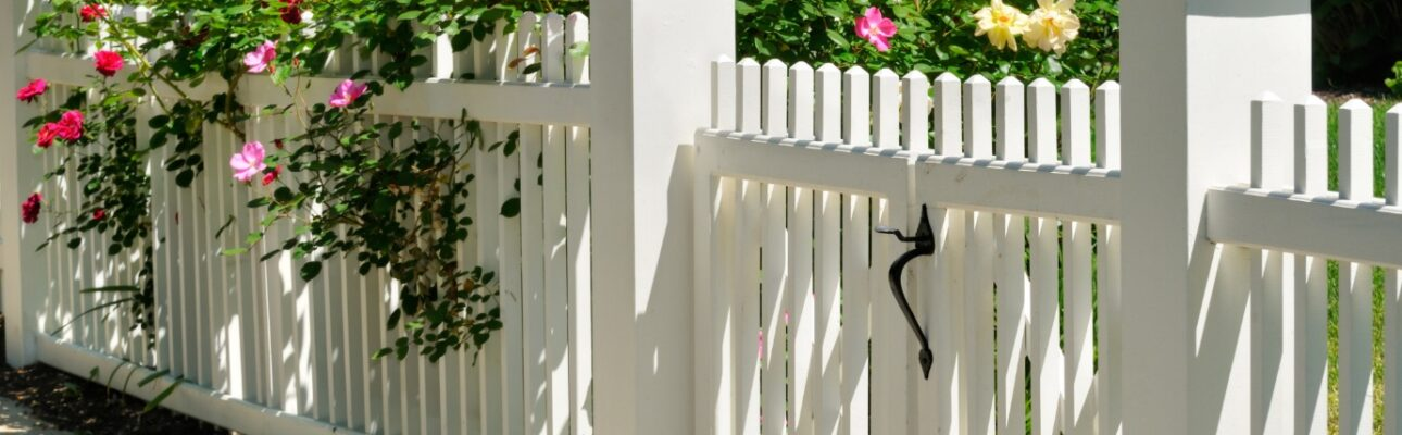 7 Tips for Enhancing Curb Appeal With Home Fences