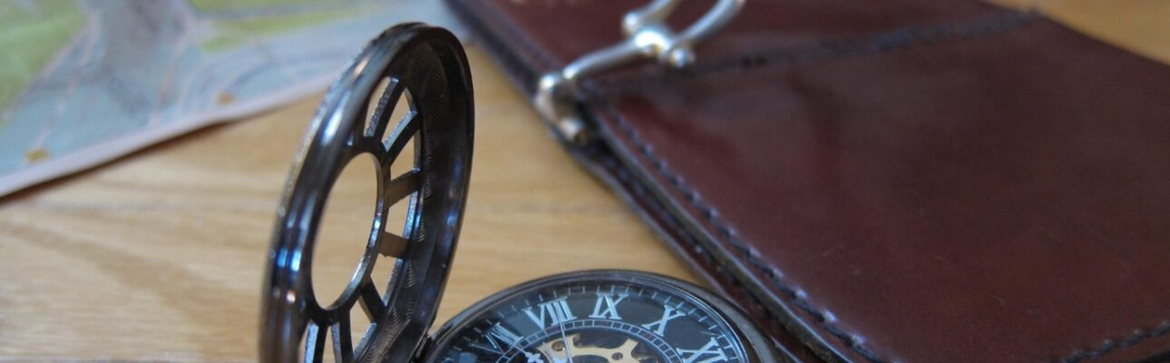 The Best Travel Watches Worth Buying for Your Next Trip